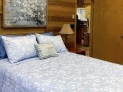 bedroom_IMG_0092