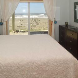 bedroom_DSC_0163