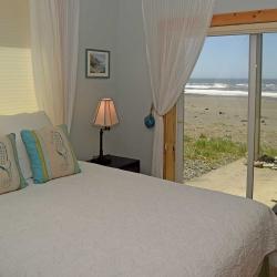 bedroom_DSC_0165
