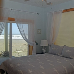 bedroom_DSC_0174