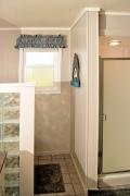 bathroom2_DSC_0100